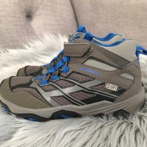 Boys Merrell Moab Waterproof Boots Shoes 12.5
